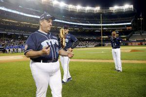 Chris-Christie-in-a-baseball-uniform-7